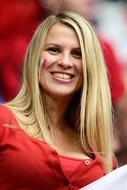 Italy-fans-2012-1.jpg