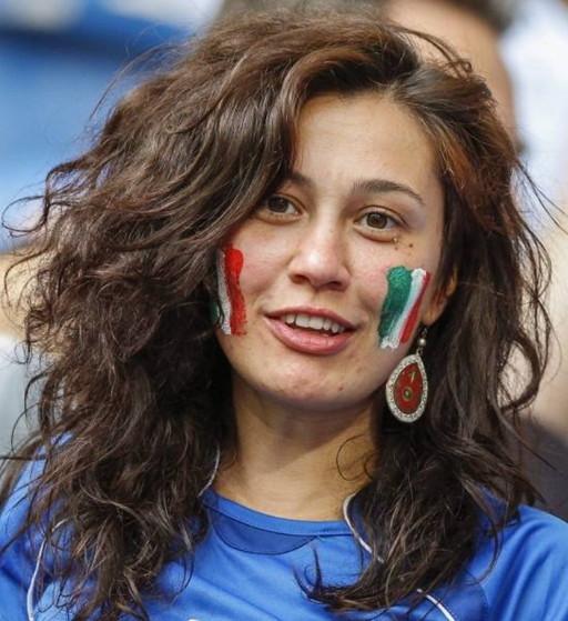 Italy-fans-2012-3.jpg