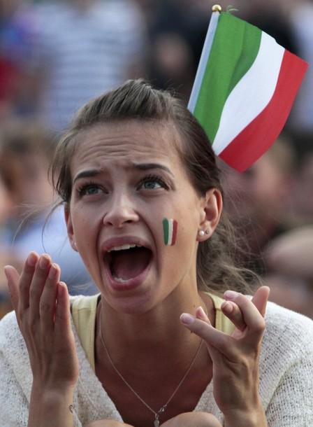 Italy-fans-2012-5.jpg