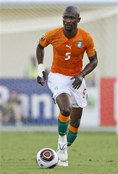 Ivory Coast-10-11-PUMA-home-kit-orange-orange-orange-0111.jpg