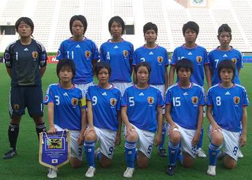 Japan-08-09-adidas-U16-women-blue-white-blue-group.JPG
