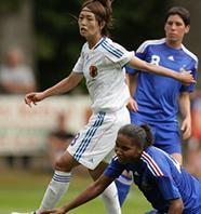 Japan-08-09-adidas-women-white-white-white.JPG