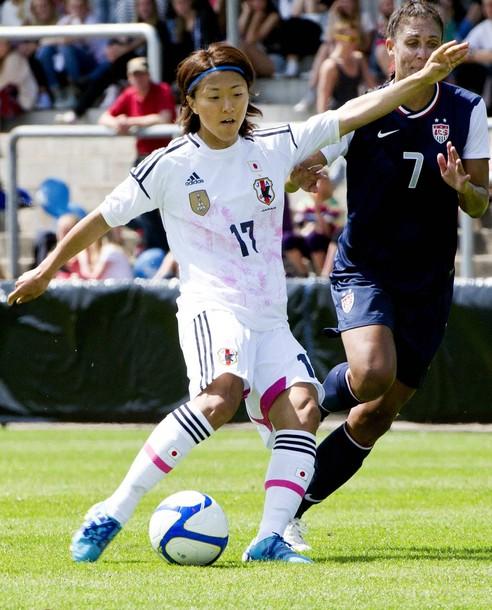Japan-12-13-adidas-women-away-kit-white-white-white.jpg