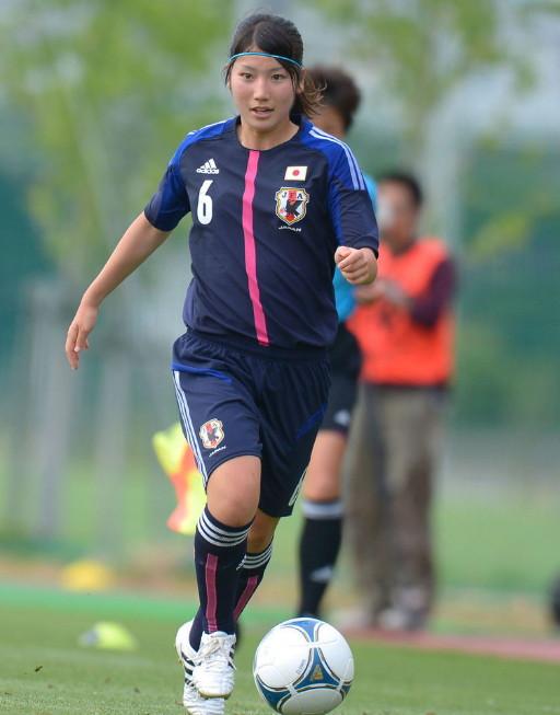 Japan-2012-adidas-nadeshiko-U20-home-kit-dark blue-dark blue-dark blue-nakada.jpg