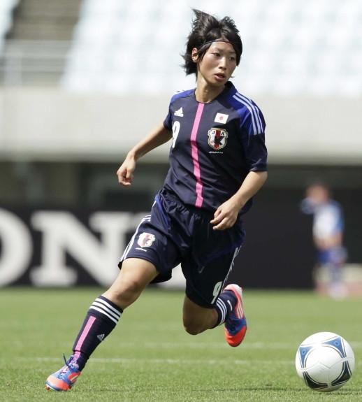 Japan-2012-adidas-nadeshiko-U20-home-kit-dark blue-dark blue-dark blue-tanaka.jpg