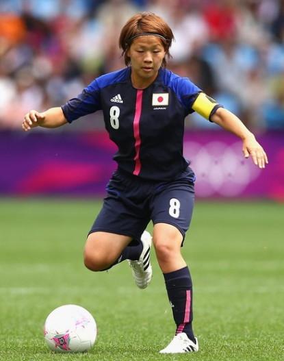 Japan-2012-adidas-nadeshiko-olympic-home-kit-dark blue-dark blue-dark blue-miyama.jpg