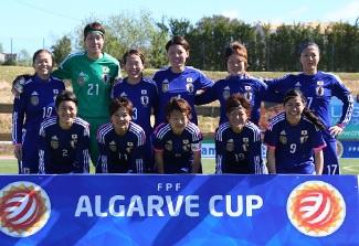 Japan-2014-adidas-nadeshiko-Algarve-Cup-home-kit-blue-blue-blue-group-photo.jpg