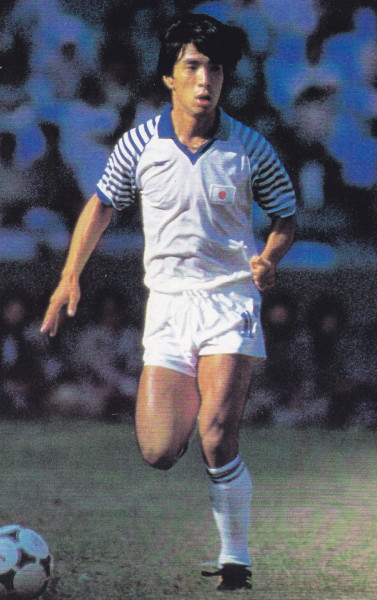 Japan-84-85-asics-stripe-white-white.jpg