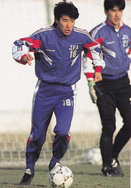 Japan-92-adidas-trainning-kit-blue.jpg