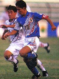 Japan-94-adidas-U16-blue-white-blue2.JPG