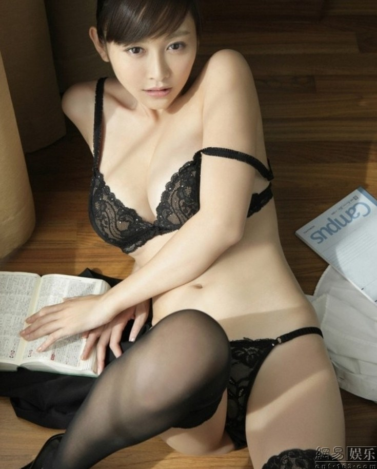 Japan-Anri-Sugihara-27.jpg