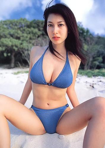 Japan_Emi_Kobayashi_3.jpg