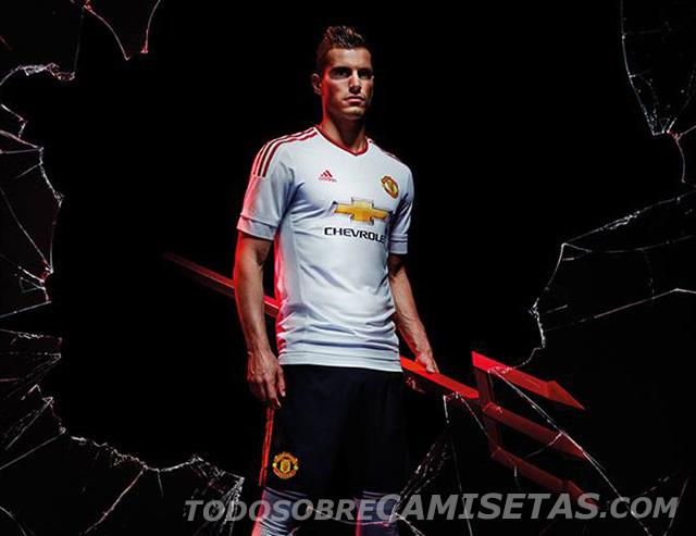 Manchester-United-15-16-adidas-new-away-kit-13.jpg
