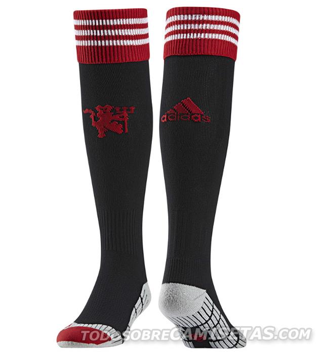 Manchester-United-15-16-adidas-new-home-kit-9.jpg