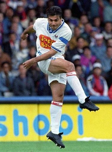 Manuel-Amoros-1994-1995-Olympique-Lyonnais.jpg
