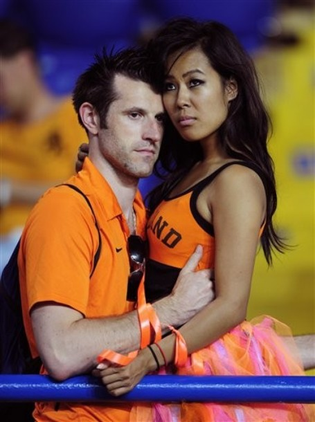 Netherlands-fans-2012-2.jpg