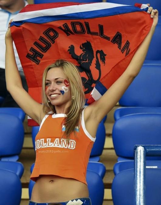 Netherlands-fans-2012-6.jpg