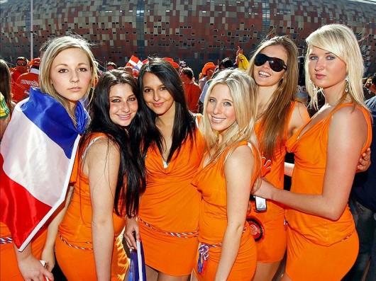 Netherlands-fans-2012-7.jpg