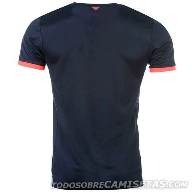 Newcastle-United-15-16-PUMA-new-third-kit-3.JPG