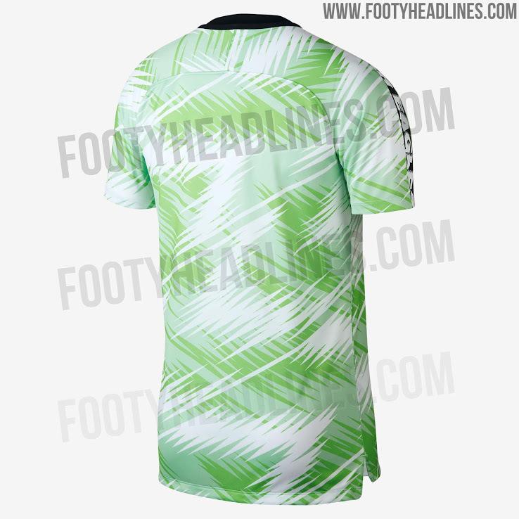 Nigeria-2018-NIKE-world-cup-pre-match-Jersey-2.jpg