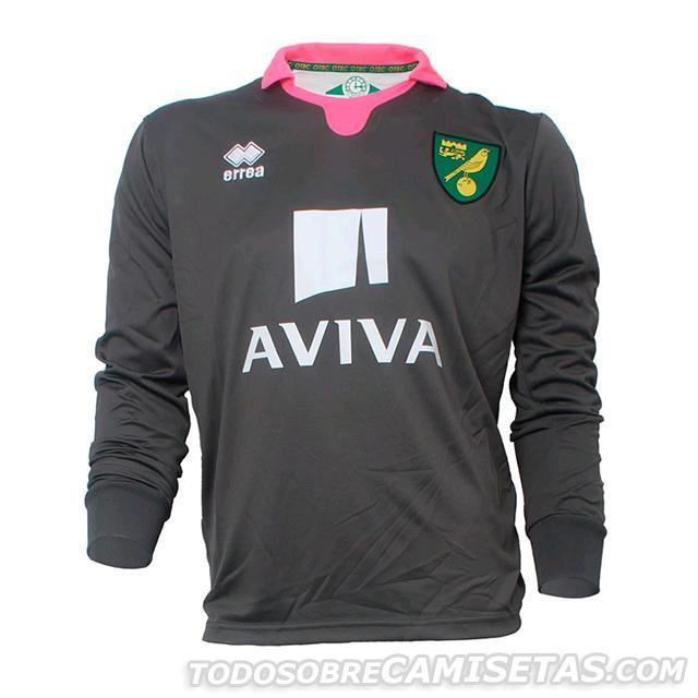Norwich-City-15-16-errea-new-GK-kit-31.JPG