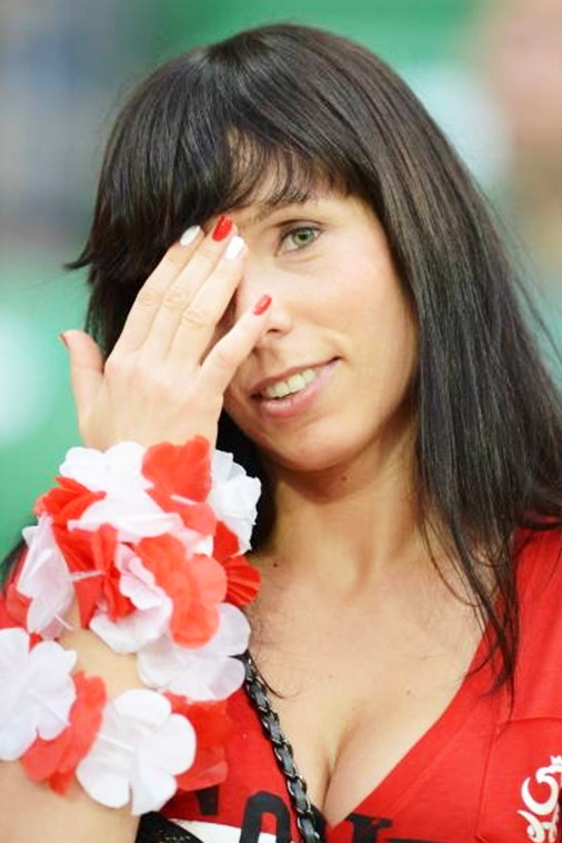 Poland-fans-2012-14.jpg