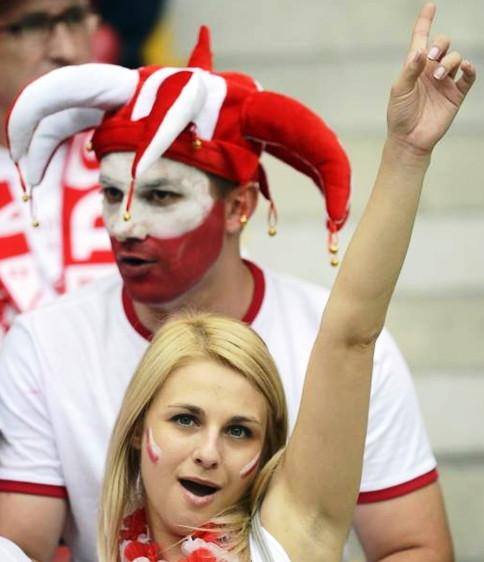 Poland-fans-2012-6.jpg
