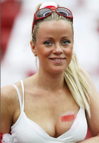 Poland-fans-2012-7.jpg