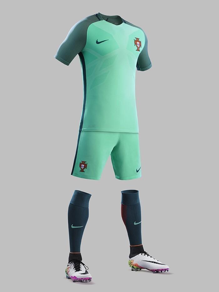 Portugal-2016-NIKE-Euro-new-away-kit-3.jpg