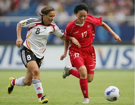 QF1070922ドイツ白黒白3-0北朝鮮3-0.jpg