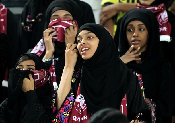 Qatar-fans-1.jpg