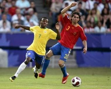 R16070711スペイン赤青青4-2ブラジル黄青白.jpg