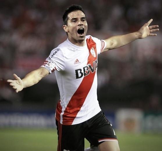 River-Plate-2015-adidas-home-kit-Javier-Saviola.jpg