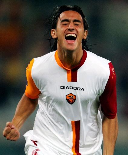 Roma-05-06-DIADORA-cup-kit-white-white-white-.jpg