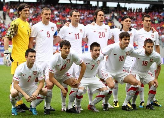 Serbia-10-11-NIKE-away-kit-white-white-white.JPG