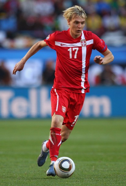 Serbia-10-11-NIKE-home-kit-red-red-red.jpg