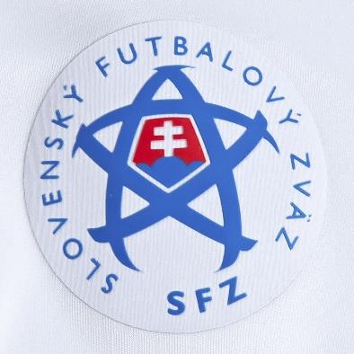Slovakia-2014-PUMA-new-home-kit-4.jpg
