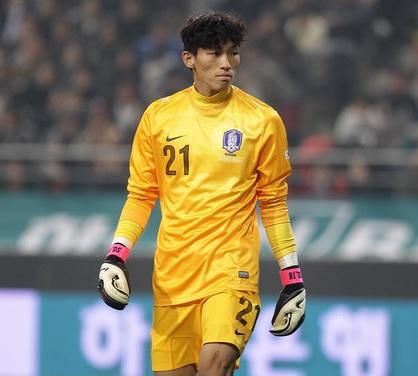 South-Korea-2014-Kim-Seung-Gyu.jpg