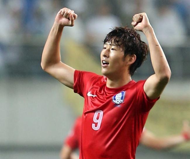 South-Korea-2014-Son-Heung-Min.jpg