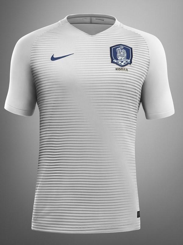 South-Korea-2016-NIKE-new-away-kit-1.jpg