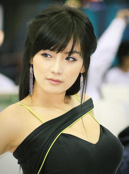 South Korea_hot_model_1.jpg