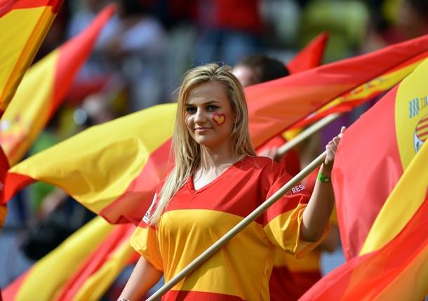 Spain-Fan-2012-1.jpg
