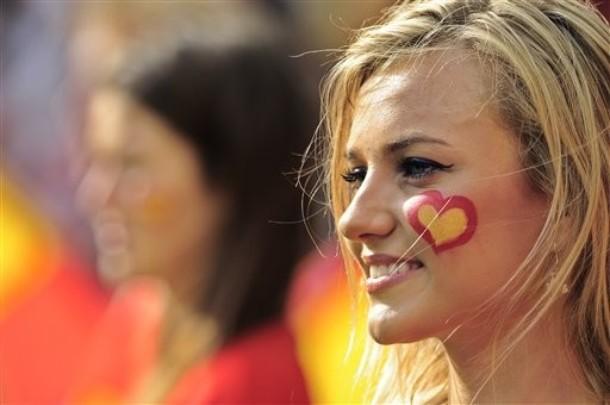 Spain-Fan-2012-2.jpg