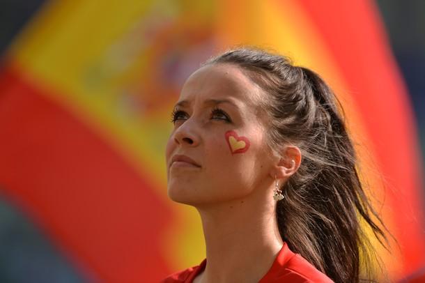Spain-Fan-2012-3.jpg