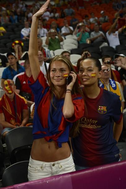 Spain-fans-2012-15.jpg