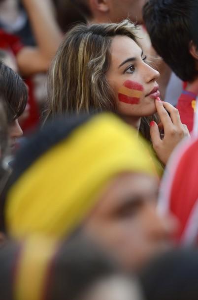 Spain-fans-2012-7.jpg
