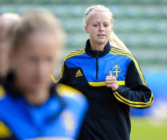 Sweden-2015-Amanda-Ilestedt-1.jpg