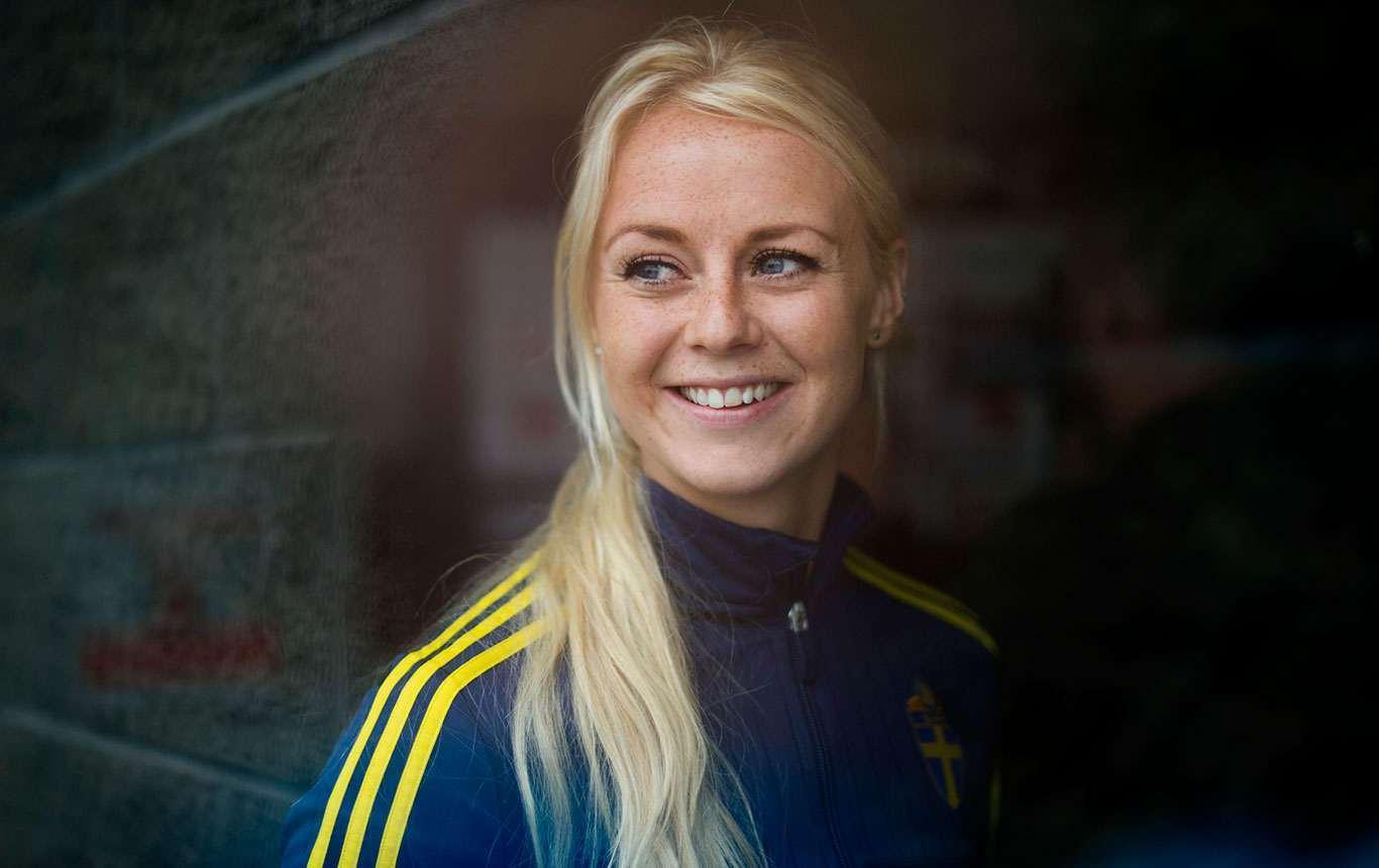 Sweden-2015-Amanda-Ilestedt-4.jpg