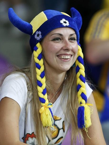 Sweden-fans-2012-5.jpg