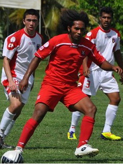 Tonga-11-lotto-home-kit-red-red-red.jpg